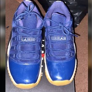 Navy blue Jordan 11 barely worn 6y